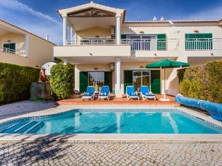 2 bedroom Villa in Mato Porcas, Faro, Portugal : ref 5239053