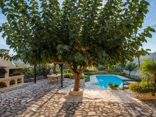 3 bedroom Villa in Petroulides, Crete, Greece : ref 5228035