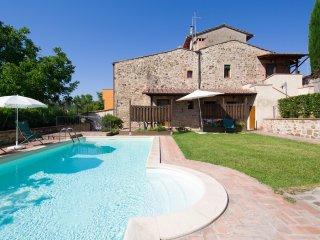 4 bedroom Villa in Barberino Val d'Elsa, Tuscany, Italy : ref 5226639