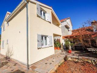 House Boze (44841-K1)