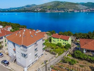 1 bedroom Apartment in Okrug Donji, Splitsko-Dalmatinska Županija, Croatia