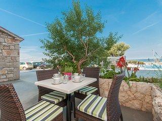 Apartments Gabrijela (26931-A8)