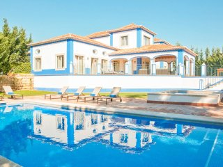 5 bedroom Villa in Roja- Pé, Faro, Portugal : ref 5218028