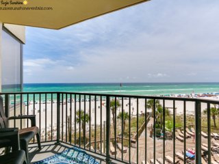 Suzies Sunbird 1BR/1BA Updated Beachfront Condo Sleeps 1-4