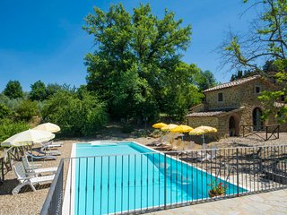 2 bedroom Villa in Ciggiano, Tuscany, Italy : ref 5055648