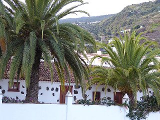 2 bedroom Villa in Icod de los Vinos, Canary Islands, Spain : ref 5082082