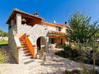 3 bedroom Villa in Cabrunici, Istarska Zupanija, Croatia : ref 5059760