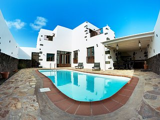 3 bedroom Villa in Tinajo, Canary Islands, Spain : ref 5059223