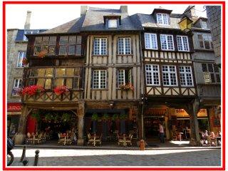 LE GRENIER appartement de charme centre historique Dinan