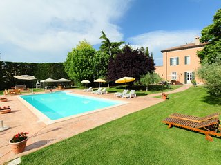 6 bedroom Villa in Bettona, Umbria, Italy : ref 5056031