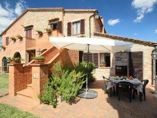 4 bedroom Villa in Castiglione d'Orcia, Tuscany, Italy : ref 5055714