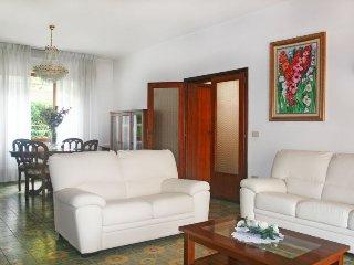 5 bedroom Villa in Forte dei Marmi, Tuscany, Italy : ref 5055095