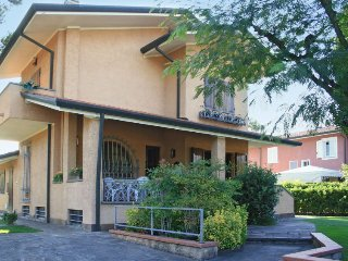 4 bedroom Villa in Forte dei Marmi, Tuscany, Italy : ref 5055090