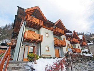 3 bedroom Apartment in Pinzolo, Trentino-Alto Adige, Italy : ref 5054717