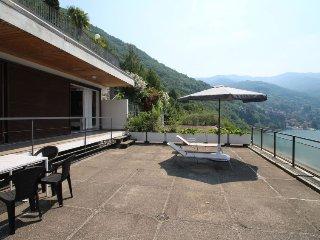 2 bedroom Apartment in Pognana Lario, Lombardy, Italy : ref 5054513