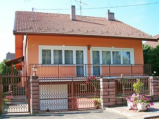 5 bedroom Villa in Balatonberény, Somogy megye, Hungary : ref 5054277