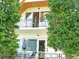 3 bedroom Villa in Balatonmáriafürdő, Somogy megye, Hungary : ref 5054246