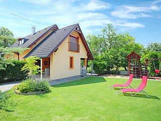 4 bedroom Villa in Balatonfüred, Veszprém megye, Hungary : ref 5054124