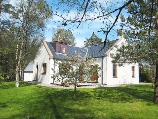 4 bedroom Villa in Grantown on Spey, Scotland, United Kingdom : ref 5052441