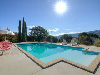 3 bedroom Villa in Saint-Martin-de-Castillon, France - 5699985