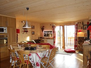 2 bedroom Apartment in Fontcouverte-la Toussuire, Auvergne-Rhone-Alpes, France :