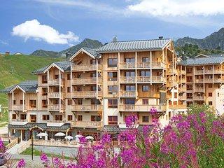 Appartement de Montagne pour 6 | Acces Piscine couverte!