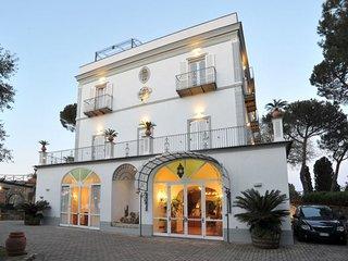11 bedroom Villa in Arenaccia, Campania, Italy : ref 5048927
