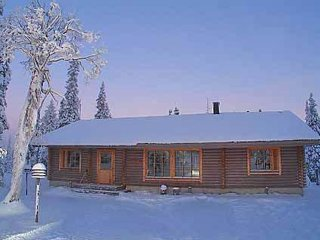 4 bedroom Villa in Kuusamo, Northern Ostrobothnia, Finland : ref 5045159