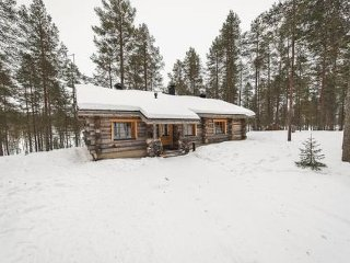 4 bedroom Villa in Kuusamo, Northern Ostrobothnia, Finland : ref 5044991
