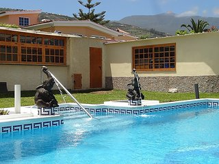 2 bedroom Villa in San Miguel De Abona, Canary Islands, Spain : ref 5038065