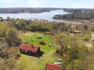 3 bedroom Villa in Tanumshede, Västra Götaland, Sweden : ref 5037488