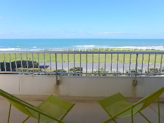1 bedroom Apartment in Biarritz, Nouvelle-Aquitaine, France : ref 5036400