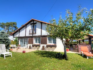 2 bedroom Villa in Lahillade, Nouvelle-Aquitaine, France : ref 5699655