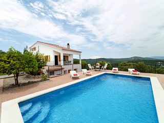 3 bedroom Villa in Santa Ceclina, Catalonia, Spain - 5698078