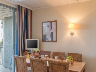 Standard 1 BR Apartment for 6 with A/C at Holiday Village Le Rouret