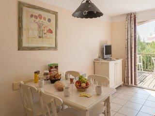 Standard 1 BR House for 5 at Holiday Village Le Rouret