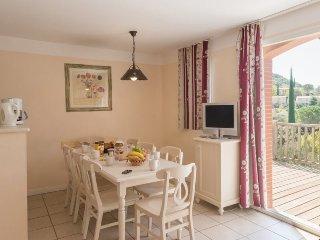 Standard 3 BR House for 8 at Holiday Village Le Rouret