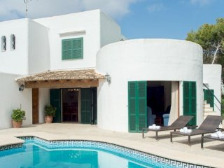 2 bedroom Villa in Cala d'Or, Balearic Islands, Spain : ref 5000849