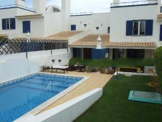 3 bedroom Apartment in Vale do Garrao, Faro, Portugal : ref 5000230
