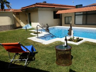 House - 2 Bedrooms with Pool - 104435
