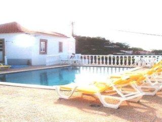 104201 -  Villa in Sintra