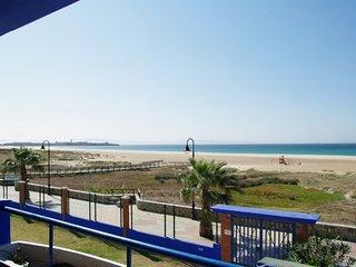 107 - Apartamento con terraza y vistas al mar