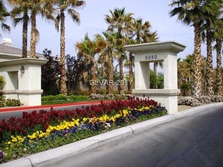 Condo in upscale gated community. Resort style