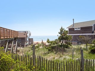 2 Bedroom Perfect Location! Ocean Beach/Corneille Estates
