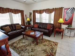 3153YLL. Amazing 4 Bedroom 3 Bathroom Town Home in Encantada Resort