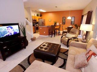 3152YLL. 4 Bed 3 Bath Town Home In Encantada Resort
