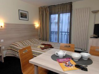 Apartment for 9 at Odalys Balneo Aladin Residential Hotel
