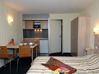 Apartment for 8 at Odalys Balneo Aladin Hotel & Residence