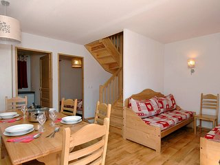 Individual Triplex Chalet for 10, Odalys Residence Le Grand Panorama 1