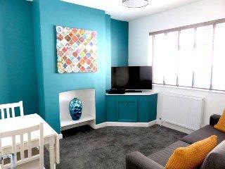 Room 1 | Stanley Street | Swindon | Shortmove